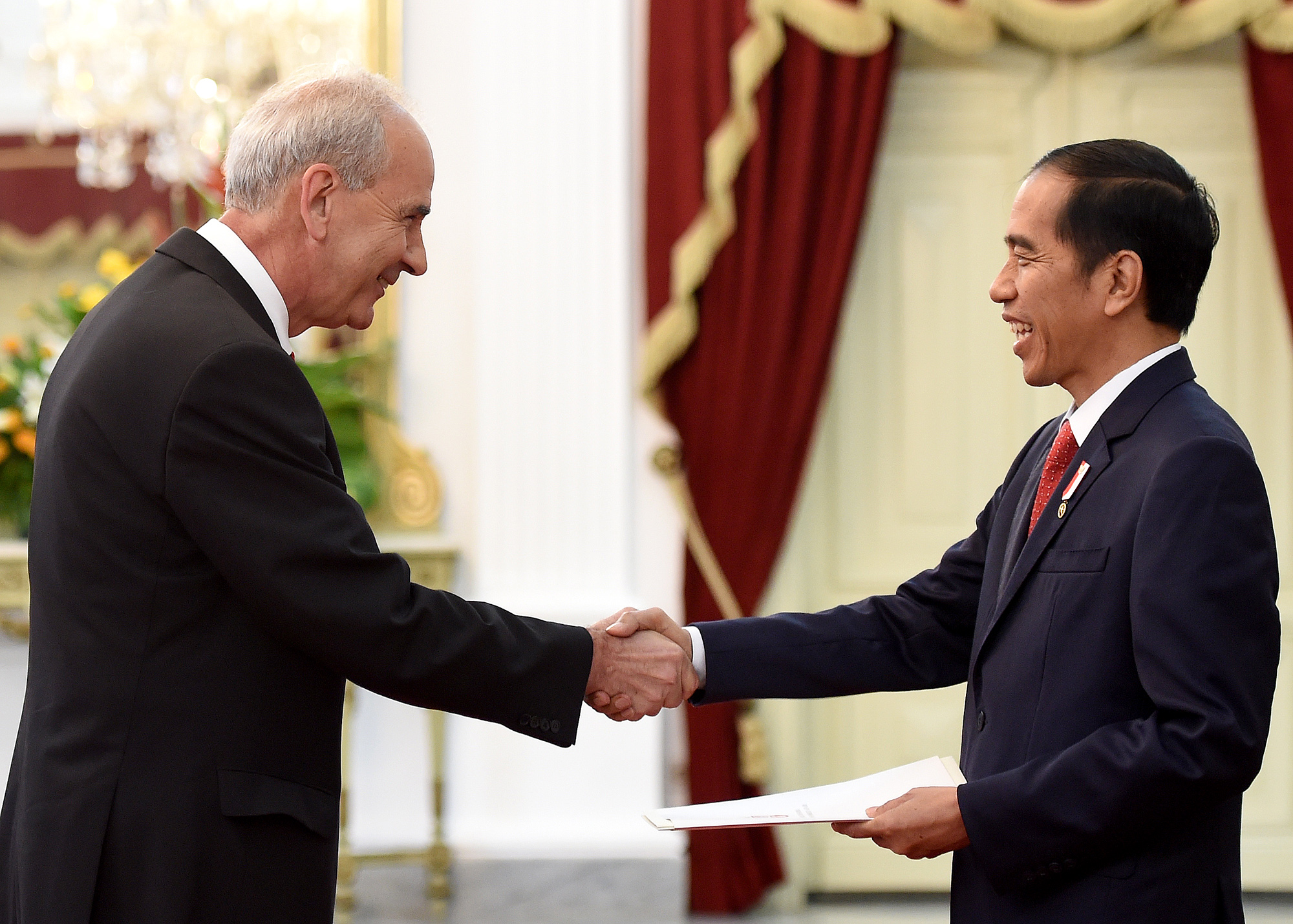 Embassy of the republic of serbia in the republic of indonesia ambassador of the republic of serbia to the republic of indonesia slobodan marinkovic presented his credentials to the president of the republic of m4hsunfo